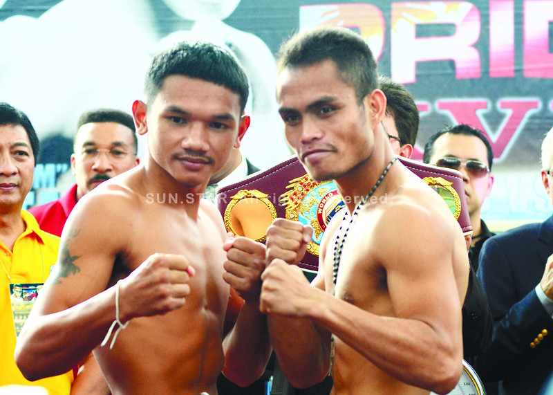 A DIFFERENT ENDING? AJ Banal (right) is hoping his title fight against Pungluang Sor Singyu (left) will have a different ending tonight so he can fulfi ll his dream of becoming a world champion. (Sun.Star Photo/Ruel Rosello)
