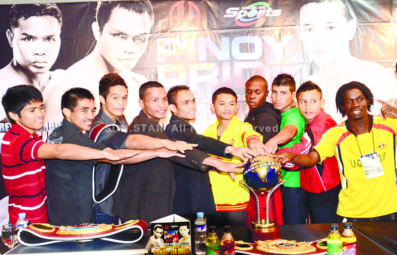 TALKING POINTS. Fighters in this Saturday's Pinoy Pride 17 (from left) Marlon Tapales, Michael Domingo, Jason Pagara, Rey Bautista, AJ Banal, Pungluang Sor Singyu, Miguel Antoine, Daniel Ruiz, Rasmanudin and Mudde Ntambe Rabison face off in the final press con for the event. (Sun.Star Photo/Ruel Rosello)