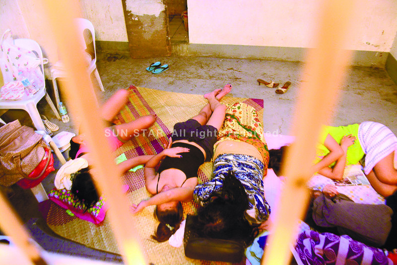 Cebu prostitutes picked up in bars