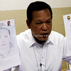 "NBI-Northern Mindanao regional director Ricardo A. Diaz presented to the media the facial sketches of the two suspects involved in Fernando ""Nanding"" Solijon's slay in a press conference on September 2. (Richel Umel photo)"