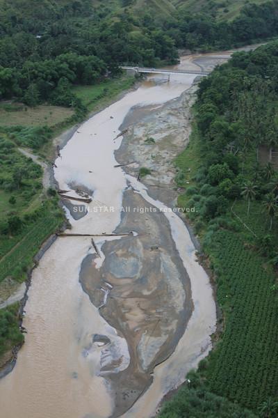 Sand bar has been growing bigger in Cagayan de Oro river. (Cai D. Panlilio/Sun.Star Cagayan de Oro)