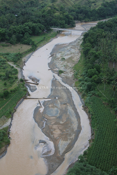 Sand bar has been growing bigger in Cagayan de Oro river. (Cai D. Panlilio/Sun.Star Cagayan de Oro)