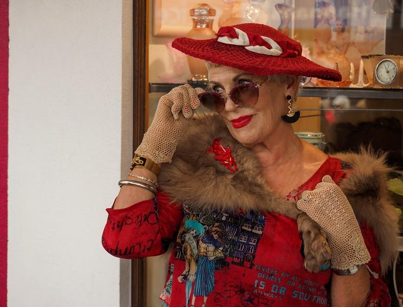 Glamorous Jane – Geoff Perry