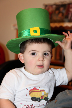 I know it's Valentine's Day, but I need to check out the fit on my St. Patrick's Day hat so I can get ready!