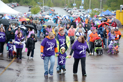 Despite the rainy weather, hundreds of walkers turned out Sunday for the annual March of Dimes walk at Geisinger in Danville.