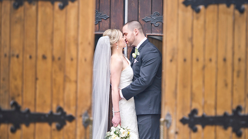 Montreal wedding videographer | Auberge Le Saint-Gabriel | Old Port Montreal, Quebec | LMP Wedding Photography and Videography