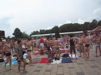 pool_party_1