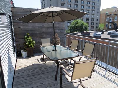 patio_set_glass_table_6_chairs_umbrella_2