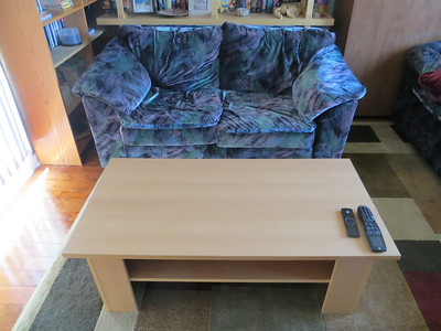 old_couches_and_table