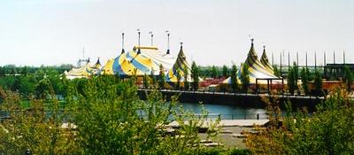 2002_CDS_Tents