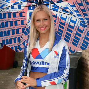 Spa Valvoline grid girls 16
