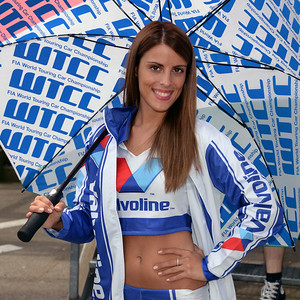 Spa Valvoline grid girls 18