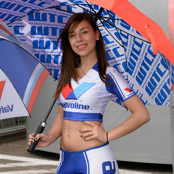Spa Valvoline grid girls 11