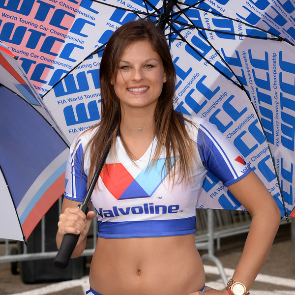 Spa Valvoline grid girls 12