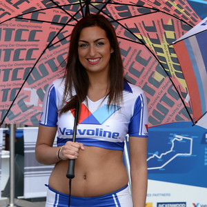 Spa Valvoline grid girls 08