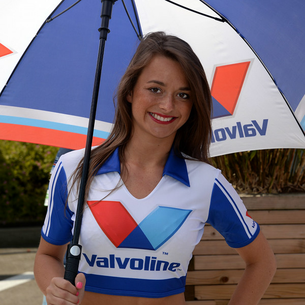Spa Valvoline grid girls 01