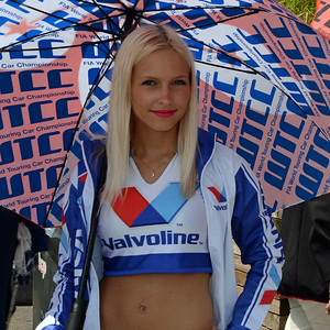 Spa Valvoline grid girls 20