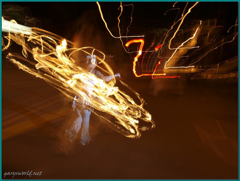 E-3; 12/6/2009; 2 at f/8; ISO 100; white balance: Auto; focal length: 31 mm