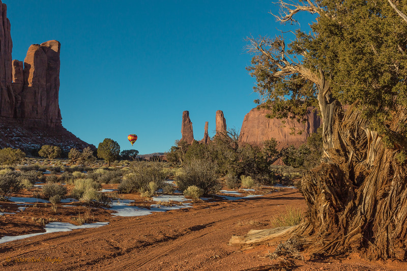 Three Sisters. Monument Valley