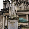 Queen Victoria monument<br /> Belfast City Hall