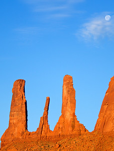 Three Sisters, Monument Valley Arizona