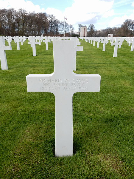 Richard W. Evans<br /> PFC  345 INF  87 DIV<br /> Michigan  Jan 30 1945