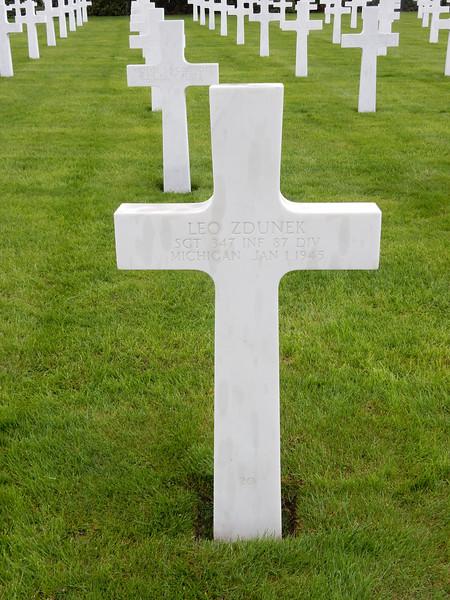 Leo Zdunek<br /> SGT  347 INF  87 DIV<br /> Michigan  Jan 1 1945