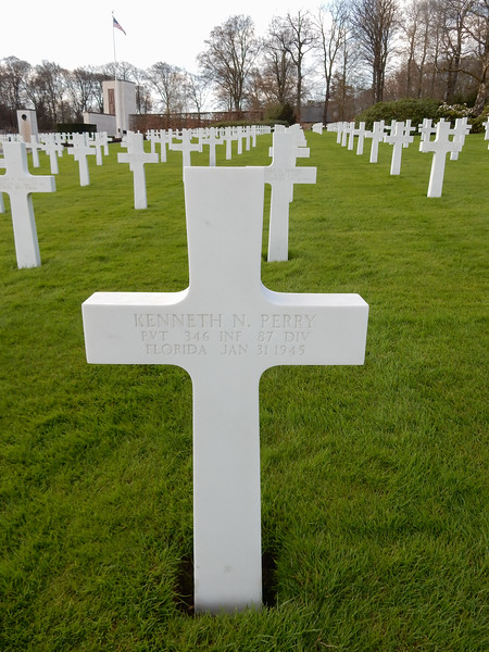 Kenneth N. Perry<br /> PVT  346 INF  87 DIV<br /> Florida  Jan 31 1945