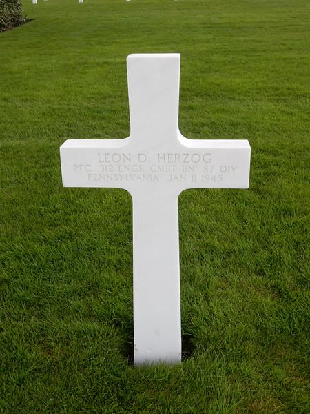 Leon D. Herzog<br /> PFC  312 ENGR CMBT BN  87 DIV<br /> Pennsylvania  Jan 11 1945
