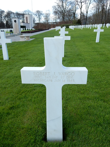 Robert J. Vargo<br /> PFC  345 INF  87 DIV<br /> Michigan  Jan 14 1945