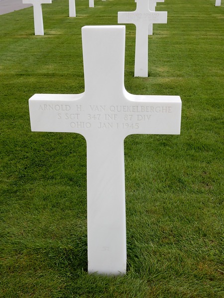 Arnold H. Van Quekelberghe<br /> S SGT  347 INF  87 DIV<br /> Ohio  Jan 1 1945