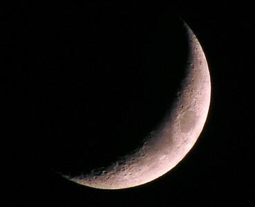 Crescent Moon over Hawai'i  September 30, 2005