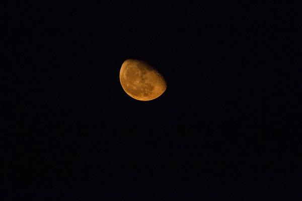 Moon 20171009