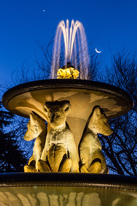 berkeley-northbrae-marin-fountain-at-the-circle-2012-11-11-crescent-moon-2