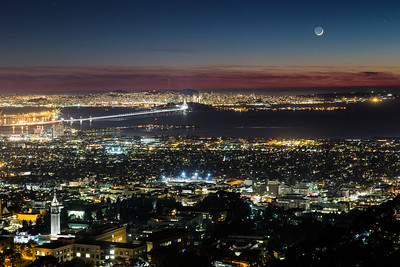 2014-11-23-moon-crescent-set-san-francisco-bay-skyline-4