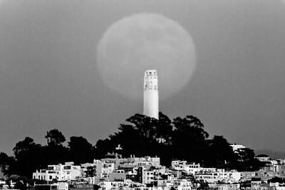 moon-super-2013-06-22-fort-baker-coit-tower-horizontal-2