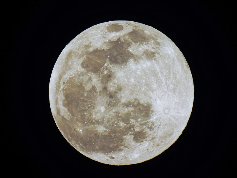 The full moon for 2020 - Happy New Year!