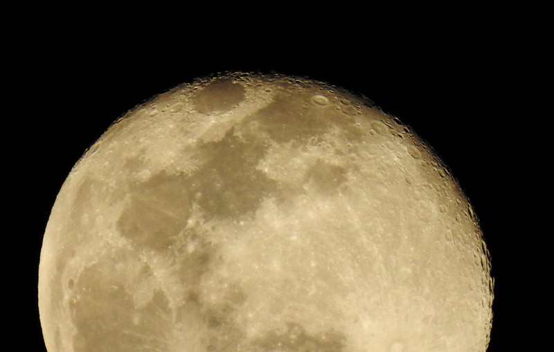 Here's a second shot of a more Lunar approach...