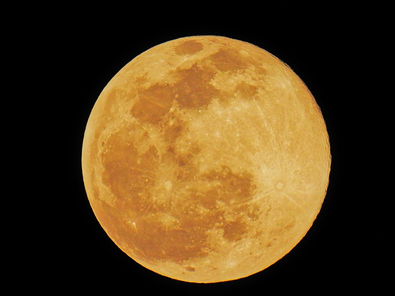 The Wolf Moon...full shot...