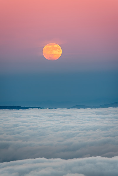 Moonrise over Mt. Tam alpenglow