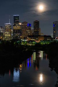 Downtown from Allen Parkway pedestrian bridge_20180826_0092