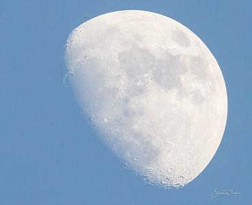Moon shot taken at 8:36pm, May 12, 2011
