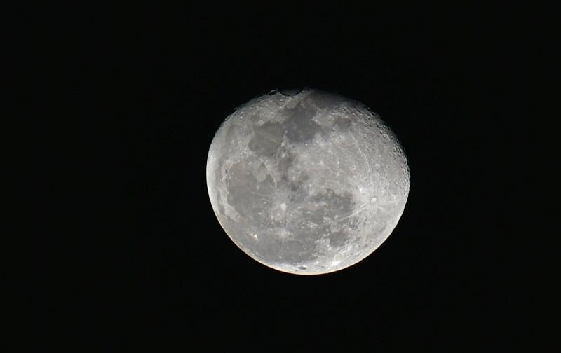 Moon 12-24-18