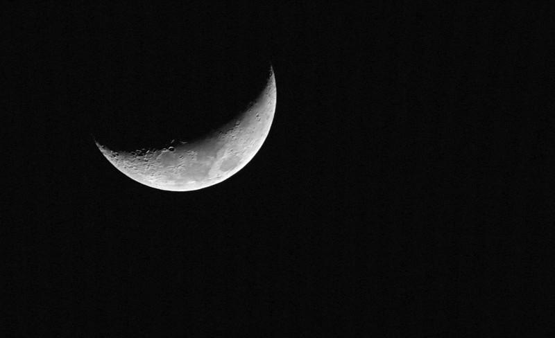 Crescent Moon 02-01-17