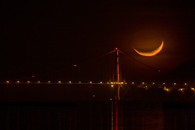berkeley-ca-marina-view-bridge-golden-gate-moon-set-over-tower-right-3