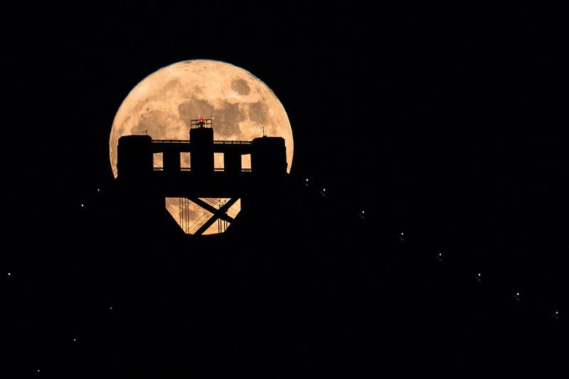 2015-11-25-moon-full-san-francisco-oakland-bay-bridge-tower-top-yellow-0-2