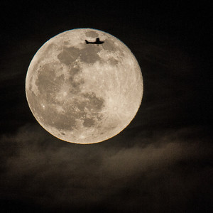 2014-05-14-moon-fly-me-to-the-moon-Edit