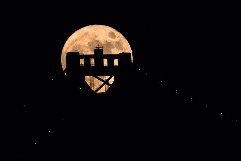 2015-11-25-moon-full-san-francisco-oakland-bay-bridge-tower-top-yellow-1
