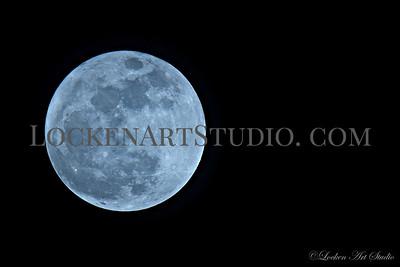 Moon January 1, 2018 Photo 7 - 8pm