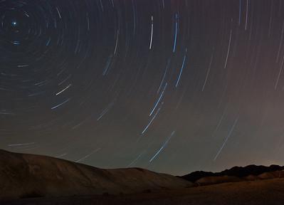 death-valley-star-trails-2